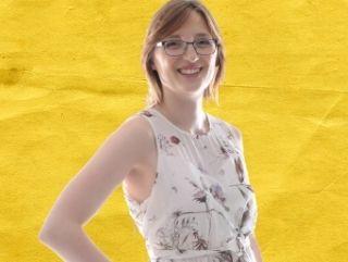 Jane von Klee auf gelbem Hintergrund